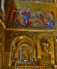 Basilica Mosaico Dorado