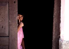 tudo legal, tudo gioia (quino para los amigos) Tags: door boy argentina look model puerta ronaldinho shy spy mirar playboy chico ok maradona salta norte jujuy wath espiar timido tucumán todobien onlythebestare top20argentina miargentina