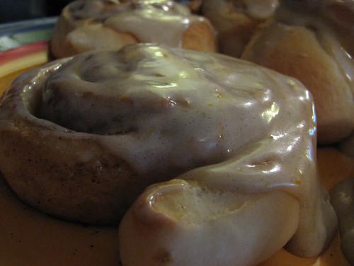 Cinnabon cinnamon buns