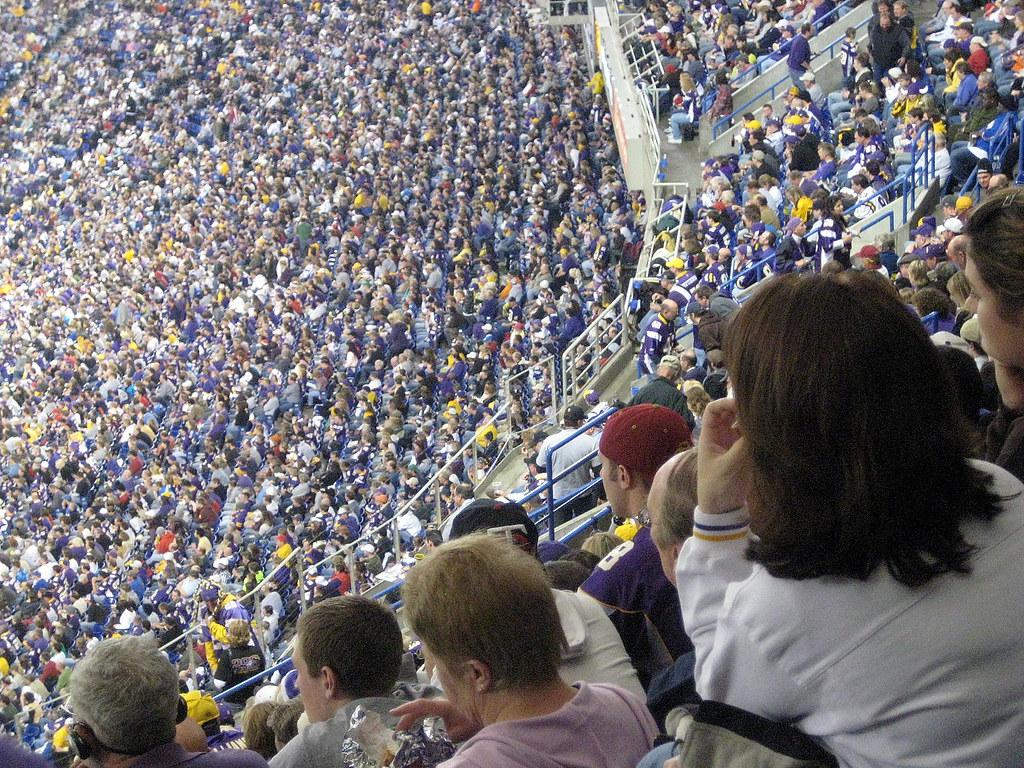 8a896c181 Metrodome (MFMinn) Tags  people usa game minnesota football midwest stadium  nfl watch crowd