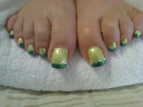 Painted long toenail tasty green. Summer nail art