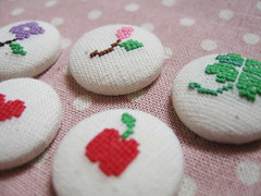 Cross Stitch Buttons (atelier.honeybee) Tags: pink red flower green apple crossstitch purple heart buttons magnets cotton clover zakka handembroidery coveredbutton coverbutton