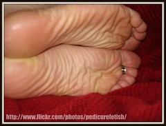 Soles. (pedicurefetish) Tags: feet toes soles toerings