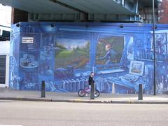 Metropolitan Mural (Tetramesh) Tags: uk greatbritain bridge england london mural unitedkingdom britain tube railway londres londra kilburn londen lontoo westhampstead londyn nw6 kilburnhighroad londn  londona londonas tetramesh  geo:lat=51546895 geo:lon=0203654 londr