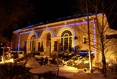 Christmas Lights, Historic Littleton, Colorado (Thad Roan - Bridgepix) Tags: christmas snow architecture night lights restaurant colorado historic littleton meltingpot carnegielibrary 200712 diamondclassphotographer flickrdiamond