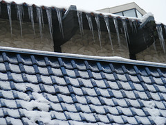 Ice on the Roof (froboy3456) Tags: city winter snow building ice architecture asian japanese restaurant downtown minneapolis sickles icesickles