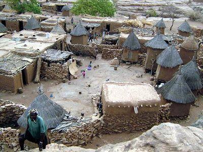 Нас не догонят! Или что делать в Африке на земле Догонов. Автор: Mnemon