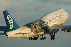 Air New Zealand, ZK-NBV, Boeing 747-419,  Lord of the Rings special livery, SYD, (Sam Chui) (AlainDurand) Tags: aviation australia airports airlines syd airnewzealand 747 airliners aircrafts 747400 boeing747400 thelordoftherings jetliners worldairlines zknbv 747419 specialliveries airlinesoftheworld airlinesofaustralasia airlinesofnewzealand