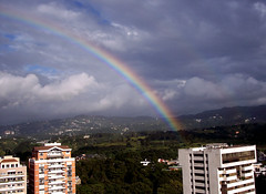 Despues de la tormenta siempre llega la calma!!!!! (KUKURMUSU) Tags: arcoiris rainbow guatemala kukurmusu