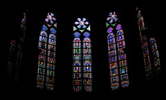 La couleur du noir ou le noir de la couleur ! (Romain [ apictureourselves.org ]) Tags: windows brussels black color church geotagged noir belgique bruxelles older brussel eglise couleur fenetre cathedrale ancien vitral vitraux sonydsch9