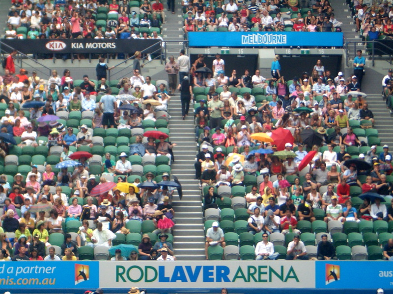 Red Laver crowd