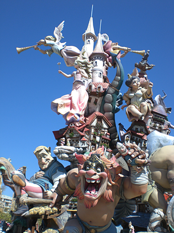 winner-fallas-giant