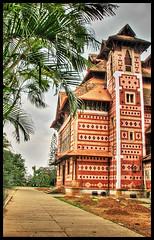 Museum Side View (Midhun Manmadhan) Tags: museum kerala multipleexposure hdr trivandrum thiruvananthapuram tonemapping hdrphoto napiermuseum