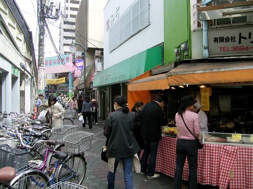 立石駅前マーケット、向かいは京成