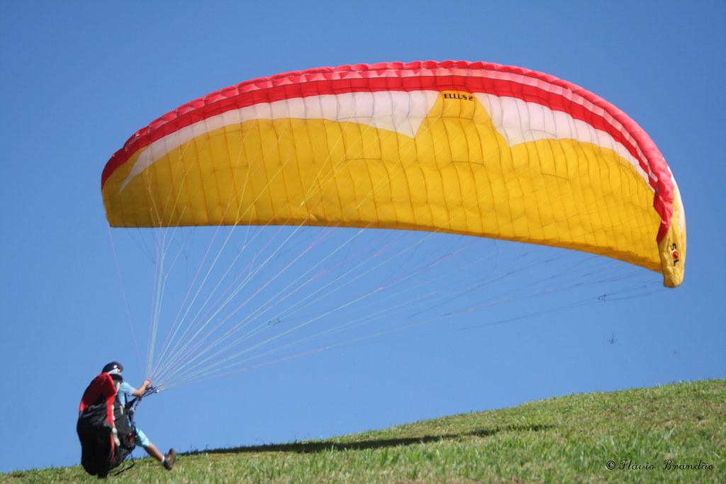 Série com Parapente - Series with Paragliding - paraglidingé 10-05-2008 433