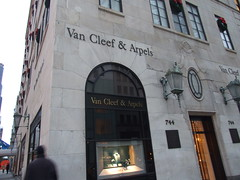 Van Cleef & Arpels by Sinbadblue Kong, on Flickr