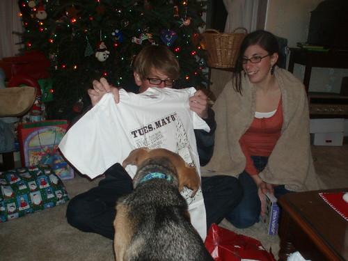 jennie likes b's present