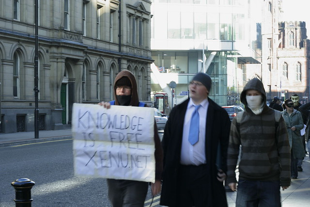 protest outside church of scientology, manchester 018 by breakbeat