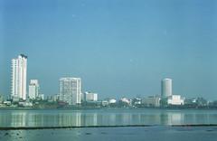 Day in Mumbai (Jennifer Kumar) Tags: bombay mumbai negativescan mumbaiskyline india1998