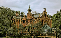 Disney - Haunted Mansion (Explored) (Express Monorail) Tags: usa facade geotagged orlando ride florida crossprocess magic gimp kingdom disney haunted explore disneyworld mansion nikkor wdw waltdisneyworld walt 2008 hdr highdynamicrange magickingdom hauntedmansion attractions waltdisney libertysquare thehauntedmansion lucisart libertybelle 5photosaday 18135mm disneyparks nikond40 dynamicphotohdr paintshopprophotox2 eticketattraction mybox300 geo:lat=28419683 geo:lon=81582971