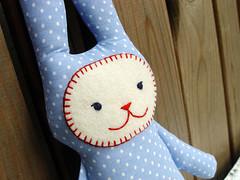 blue_bunny_02 (revoluzzza) Tags: boy baby berlin rabbit bunny design kid doll child embroidery lavender felt softie stuffedanimal stitching lavande lapin hase kaninchen puppe filz lavendel poupe stickerei stofftier livre liebre ladu birthgift liebrecilla revoluzzza