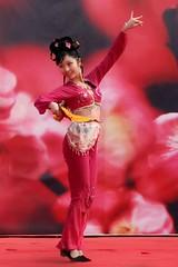 Plum Blossom Festival,Nanjing,China 05 (jimmyleggate) Tags: voyage china travel flowers girls beautiful festival dance pretty chinese nanjing filles plumblossoms chineseculture plumblossomfestival chinadollcute