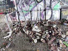 0709030192 (maskedrolla) Tags: street art vancouver concrete graffiti jamie tag tags taylor spraypaint tagging taggin tars emski maskedrolla rwokburnaby winstonslip
