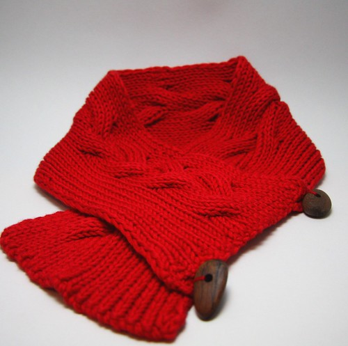 red scarflet