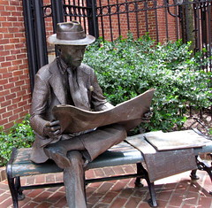 """The Newspaper Reader"" (Puzzler4879) Tags: sculpture art jr pa lancaster lancastercounty kingstreet sculptures pointshoot canonpowershot bronzesculpture amishcountry sculptureart canondigital steinmanpark jsewardjohnson canonaseries canonphotography wonderfulphotos bronzeart canonpointshoot flickrbronzeaward outstandingimages a580 canona580 canonpowershota580 powershota580 100commentgroup handselectedphotographs mygearandme mygearandmepremium buildyourrainbowtransparent l1photographyforrecreation globeawardbronze thenewspaperreader"