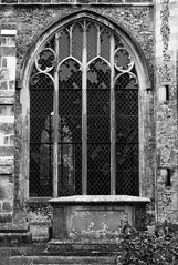 Salisbury, England: Clear, Unstained Glass (seduffel) Tags: uk england blackandwhite white black church window glass grave graveyard saint parish looking thomas ministry gray salisbury stthomas edmond stedmund unstained