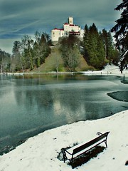 Castle beholding a freezing lake           or                     Winter is coming (Vjekoslav1) Tags: winter lake snow castle ice brasil landscape croatia led zima hrvatska jezero trakoan annuska supershot dvorac zagorje trakoscan holidaysvacanzeurlaub goldenphotographer ysplix brillianteyejewel annuskahjarta vjekoslav1 finishedinbrasil thebestofday gnneniyisi