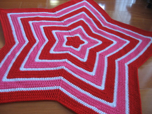 Star Baby Blanket Knitting Pattern : Chromium Star Blanket Free Crochet Pattern from the Baby blankets Free Croche...