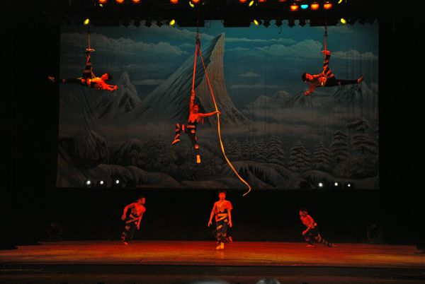 Pekin - Acrobates (9) [600]