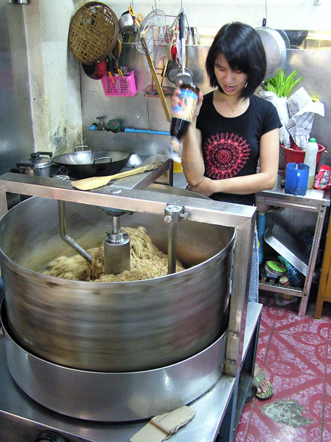 Making pork floss