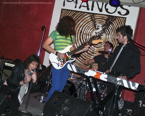 20071205 Neimo @ Pianos-1 (5)