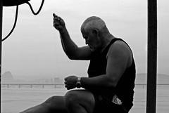 Pescadores (Elisngela Leite) Tags: gua brasil riodejaneiro rj pesca pescador pescadores baiadeguanabara pescar pescando colnia baia