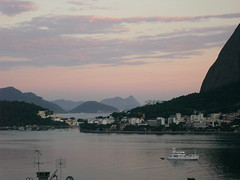 Do outro lado... From the other side (violeta.puppin) Tags: sky rio de amazing janeiro the todayssunset