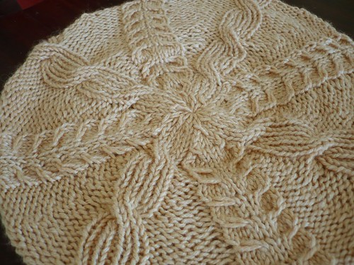 Buttercup Beret Knitting Pattern : Buttercup Beret (and free pattern link) - KNITTING