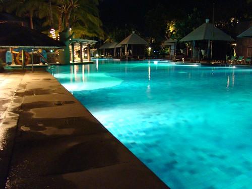 超正的游泳池