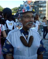 Mr.... Goldfish ?? (Harajuku) (Namisan) Tags: hat japan funny goldfish grandpa harajuku funnyhat mrgoldfish