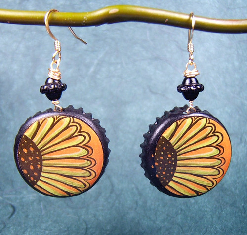 Sunflower Earrings by yayascaps.