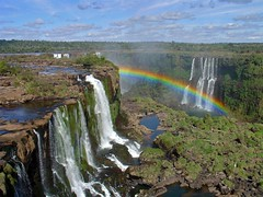 Cataratas do Iguaçu² - Much better (Luiz Henrique Assunção) Tags: brazil argentina brasil waterfall 2006 cataratas iguacu americadosul iguazufalls fozdoiguaçu diaadiabrasileiro licassuncao