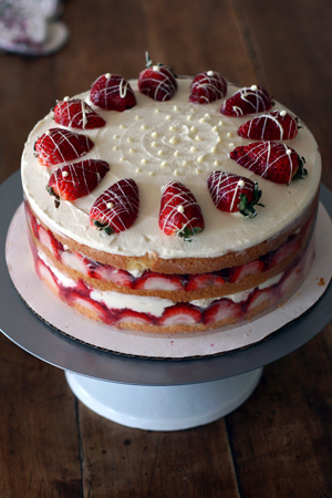 Strawberry Cream Cake