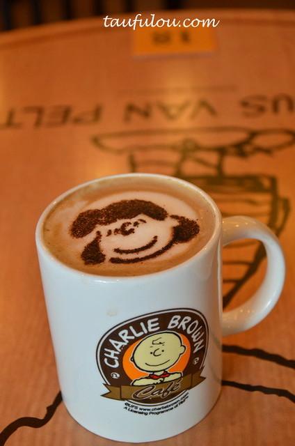 Charlie Brown (25)