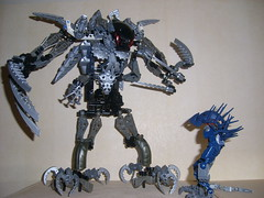 Gladiator (Sparkytron) Tags: dark universe bionicle hunters