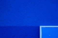 Shades of me (esanatha) Tags: blue france wall shades minimal bleu negativespace minimalism mur nantes nuances esanatha