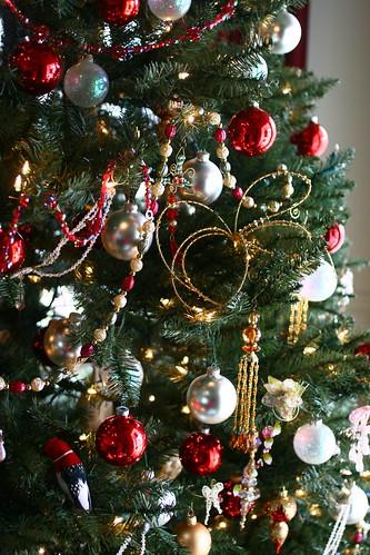 christmas tree ornaments dailight