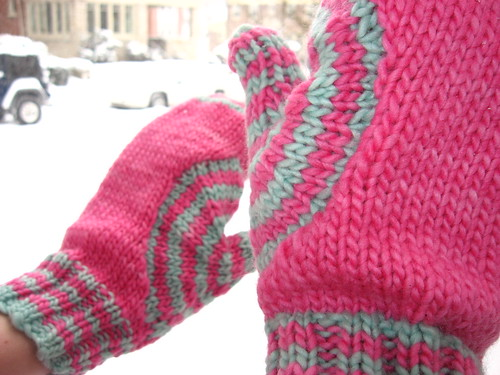 Target Wave mittens