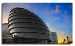 LONDON City Hall (M. ALbeloushi) Tags: uk boy england london westminster spring amazing nikon d70s structure m mohammad structural ordinary engieer q8y albeloushi ordinaryq8y ordinaryboy mohammadalbeloushi