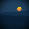 New moon risin' (anakiwa_forever) Tags: blue newzealand orange moon olympus hills wellington newmoon dslr vignette nightwalk mtvictoria flickrwalk e410 utata:project=nocturnal2